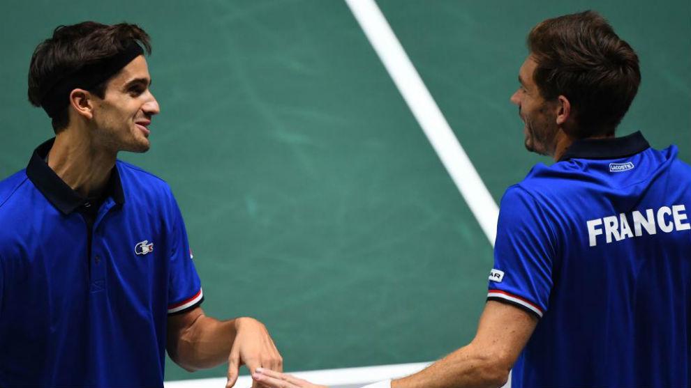 Herbert y Mahut bromean en el partido