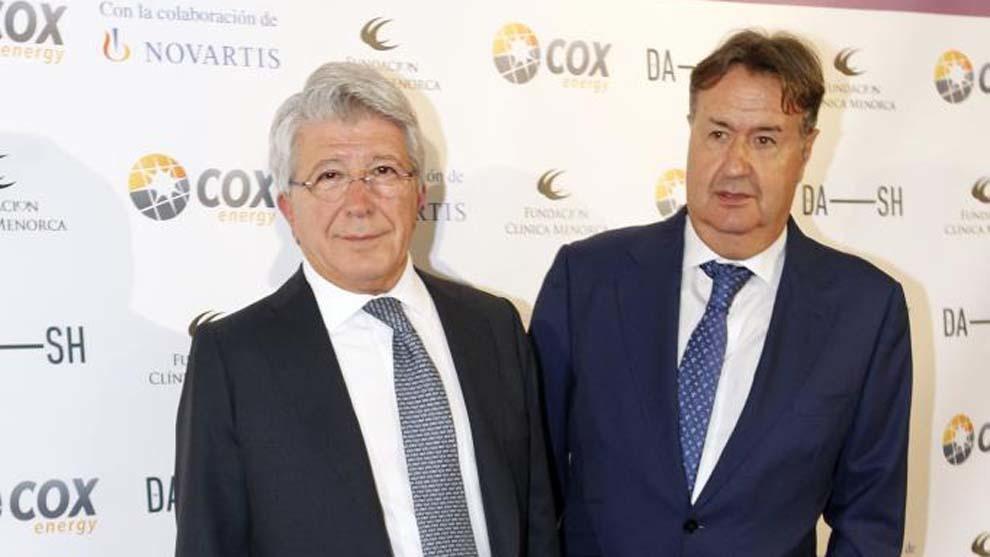 Enrique Cerezo junto al doctor Martín.