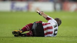 Iker Muniain estará un mes de baja por una lesión muscular en la...