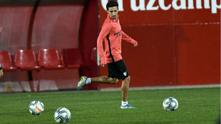 Jesús Navas, en el entrenamiento de ayer del Sevilla.