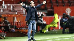 José Alberto durante el partido de este viernes.