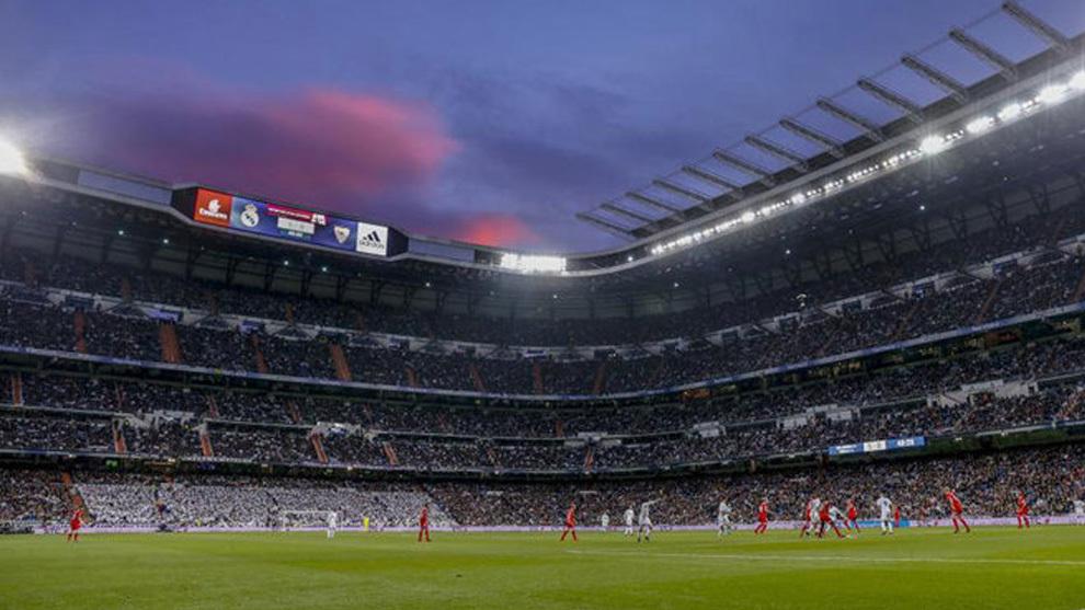 Imagen del estadio Santiago Bernabéu durante un partido