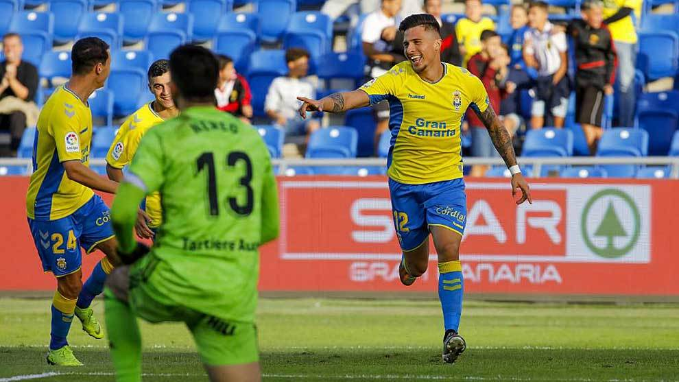 Narváez celebra el tempranero gol que marcó en el Gran Canaria
