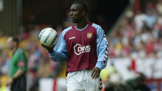Jlloyd Samuel, futbolista inglés que murió en una accidente de...