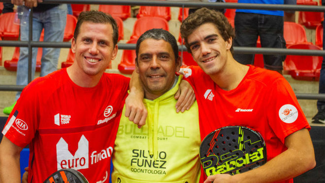 Juan Lebrón, a la derecha, junto a Paquito Navarro