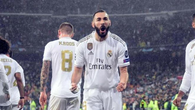 Karim Benzema celebra el gol ante el PSG