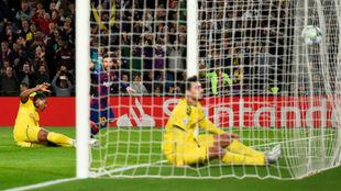 Messi marca su primer gol a Borussia de Dortmund en el partido 700 con...