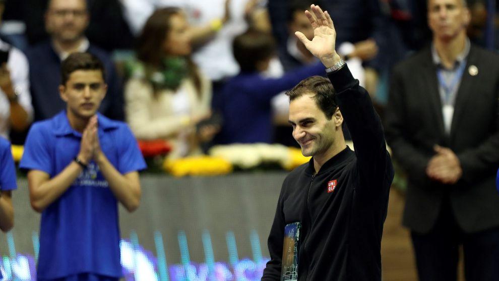Roger Federer, tras ganar el partido de exhibición ante Zverev en...