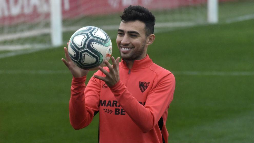 Munir, en un entrenamiento del Sevilla.