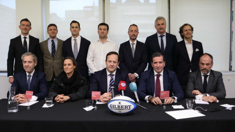 La candidatura 'Valor de Rugby' posa tras su presentación oficial