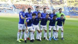 Once titular que presentó el Oviedo ante Las Palmas en el estadio de...