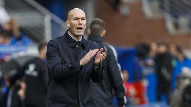 Zinedine Zidane, durante el partido ante el Alavés
