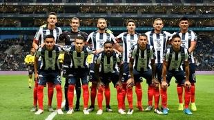 Alineación titular del Monterrey ante Santos Laguna.