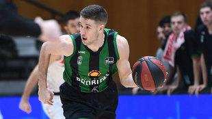 Xavier Lopez-Arostegui frente al Bilbao Basket