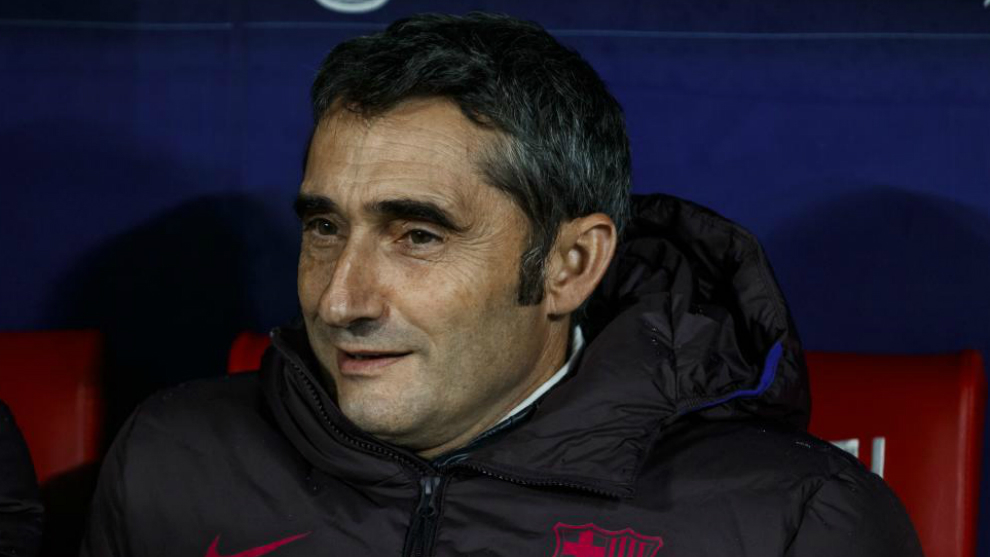 Ernesto Valverde, on the bench of the Wanda Metropolitano.