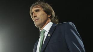 Guillermo Almada, técnico de Santos Laguna