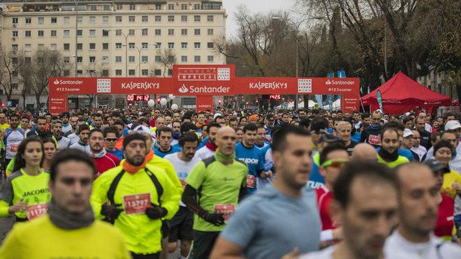 Cientos de corredores, en la Carrera de las Empresas