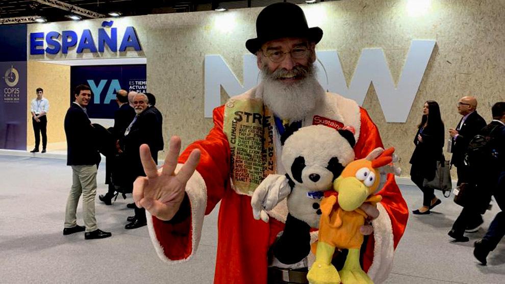 Sustaina Claus ha asistido a todas las cumbres desde la COP21