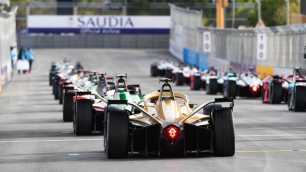 Parrilla de salida en el e-Prix de Arabia Saudí.
