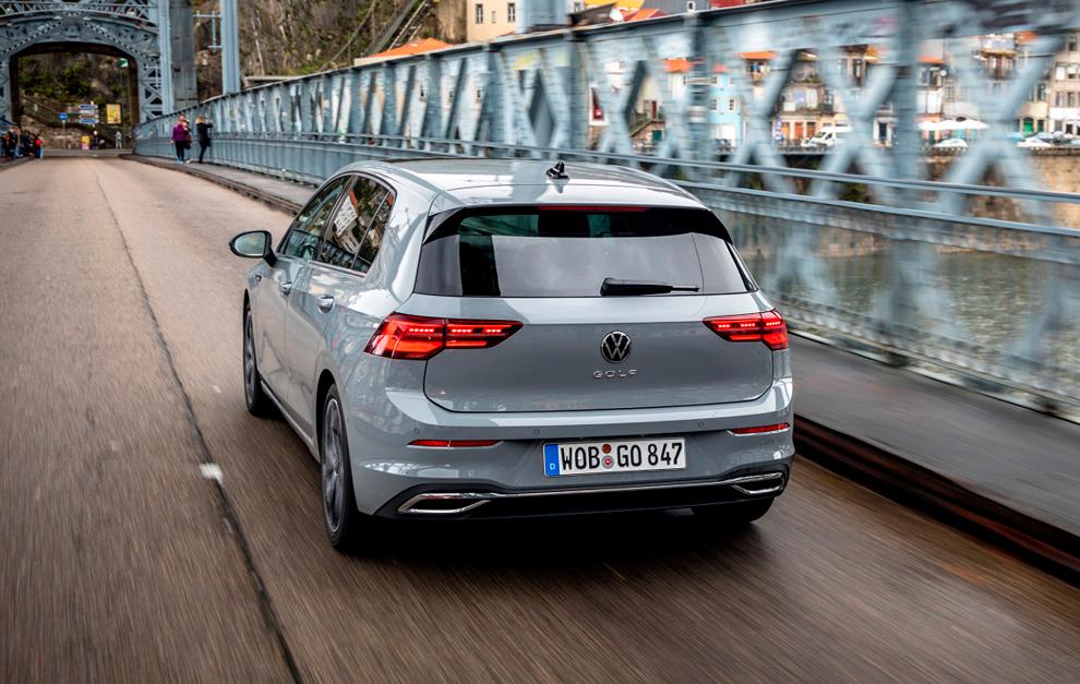 Los faros de ledes presiden la zaga del Volkswagen Golf 2020.