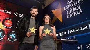 Gerard Piqué y Aitana Bonmatí elegidos mejores jugadores del año...