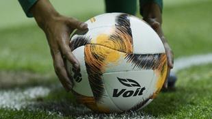 La Liga MX reducirá a futbolistas extranjeros