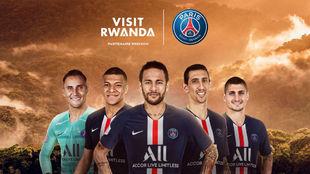 Jugadores del PSG en la campaña por el acuerdo de patrocinio con...