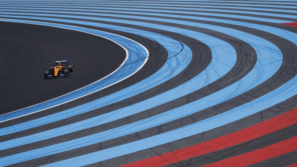 Un McLaren en el Circuito de Paul Ricard.