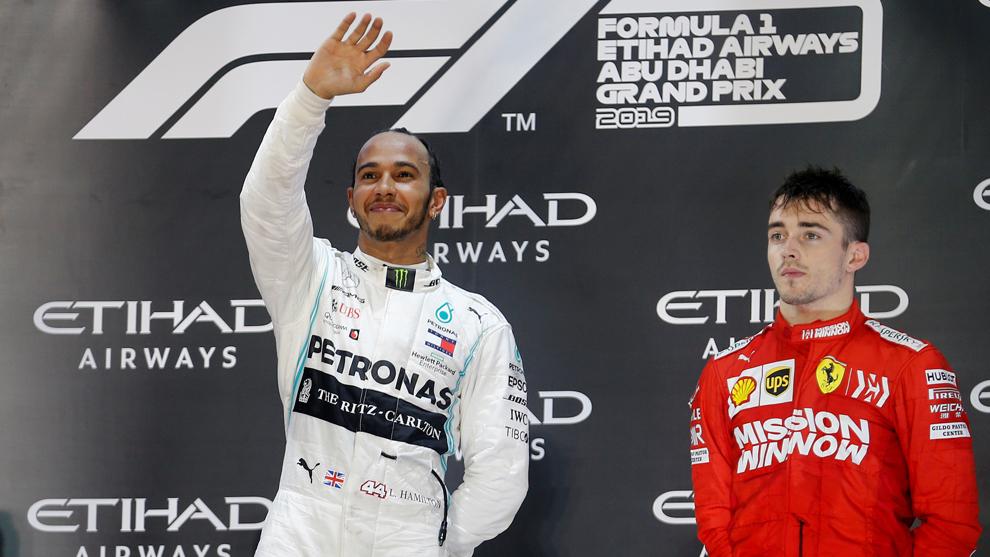 ¿Hamilton en MotoGP y Rossi a F1?