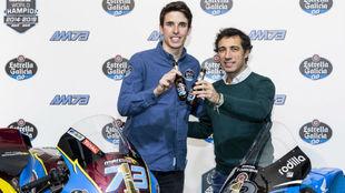 Álex Márquez, con José Cabanas.