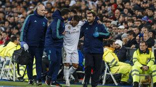 Eden Hazard, en el momento de la lesión.
