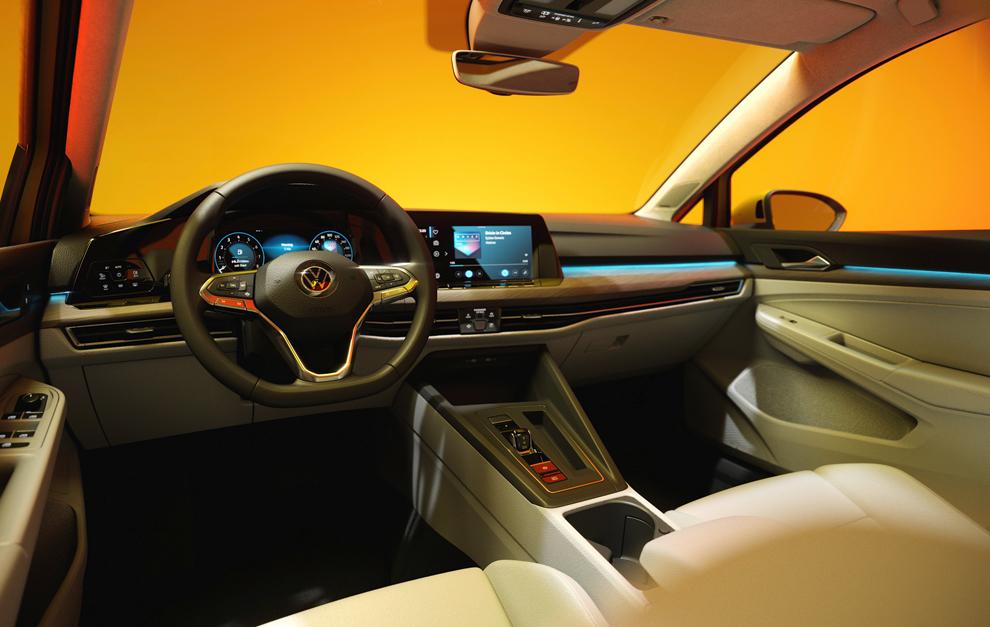 El interior es lo que más cambia en esta octava generación del Golf.