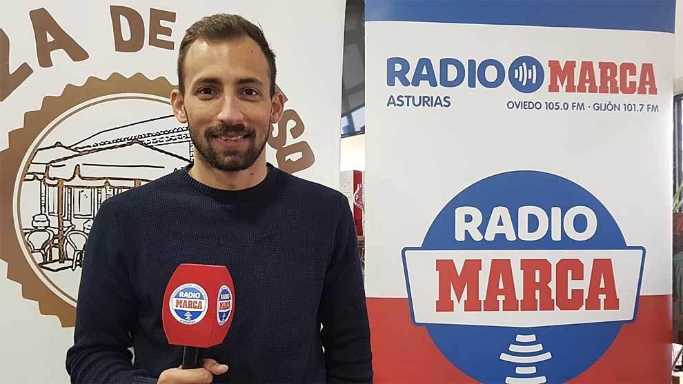 Aitor García, con el micrófono de Rado MARCA