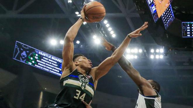 Los Bucks ganan a los Clippers y acumulan 14 victorias seguidas