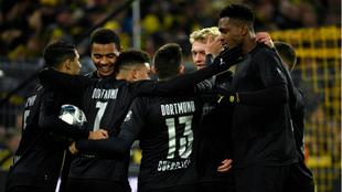 Los futbolistas del Dortmund celebran un gol al Fortuna Düsseldorf
