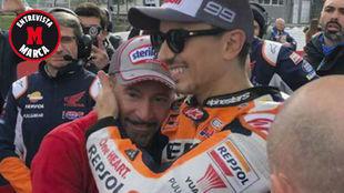 Max Biaggi, con Jorge Lorenzo, en la parrilla de Cheste.