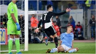 Cristiano Ronaldo celebra su gol contra la Lazio.