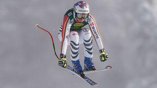 Viktoria Rebensburg se ha llevado el primer super G de la temporada,...