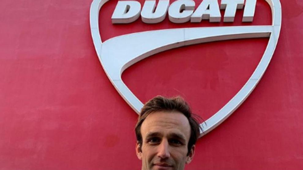 Zarco, con el escudo de Ducati.