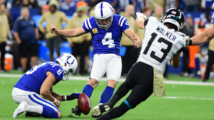 Adam Viniateri con los Colts