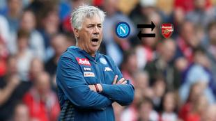 Carlo Ancelotti en un encuentro con el Nápoles
