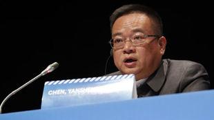 Chen Yansheng, durante la Junta General de Accinonistas