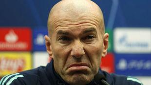 Zidane, en la rueda de prensa en el Jan Breydel Stadion