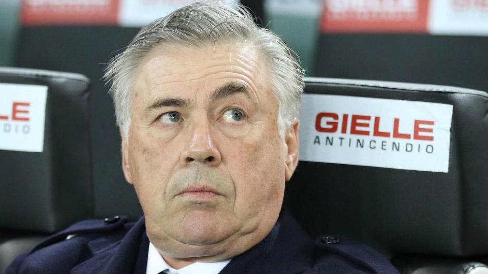El Napoli despidió a Carlo Ancelotti