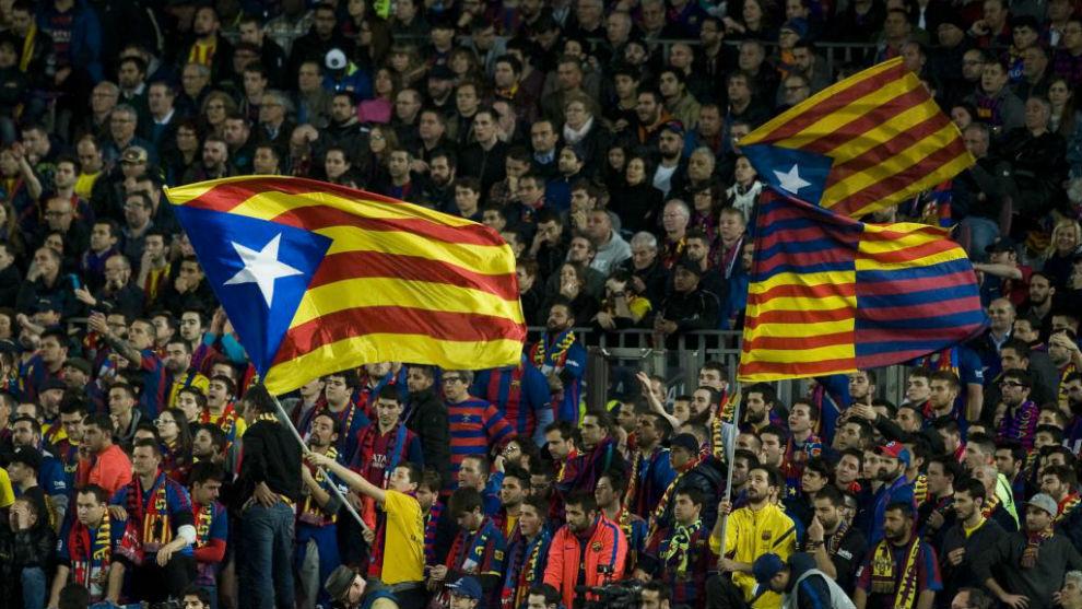 Aficionados del Barcelona en el Camp Nou.