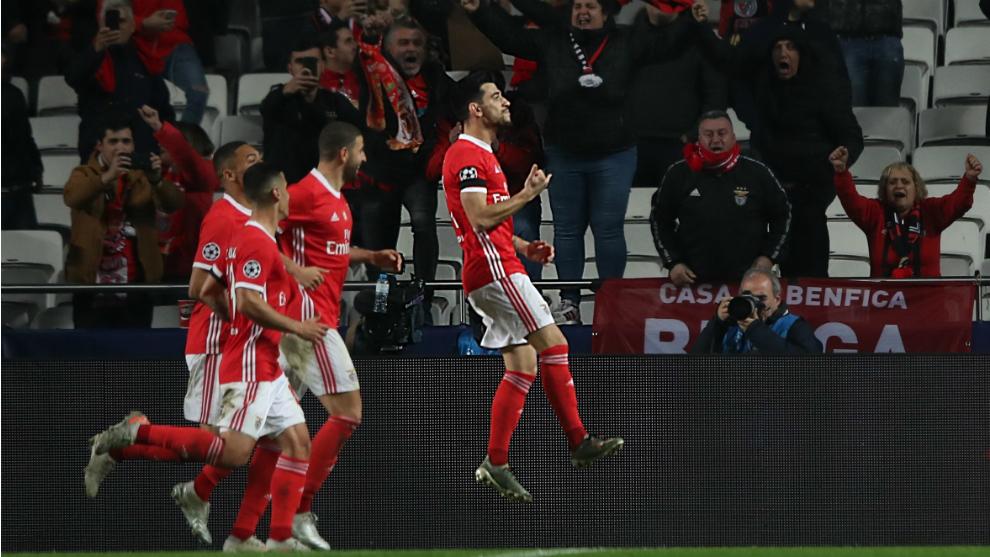 Los jugadores del Benfica celebran un gol al Zenit