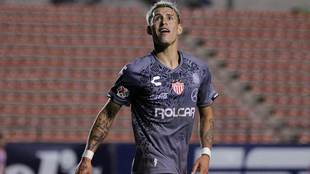 Calderón ya hizo pruebas físicas con Chivas.