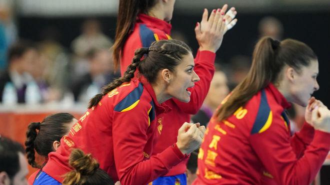 Almudena Rodríguez celebra un gol de España /