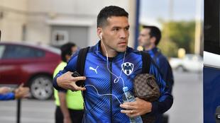Celso Ortiz presenta molestias derivadas de un golpe.