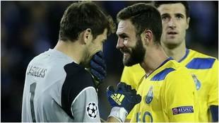 Casillas y Layún en su etapa con Porto.